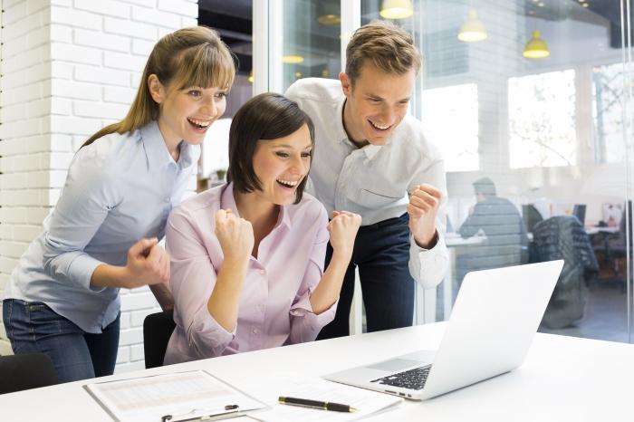 Consejos para mejorar el ambiente de trabajo en tuoficina